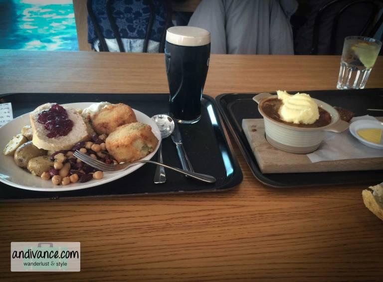 Dublin-Guinness-Storehouse-Cafeteria